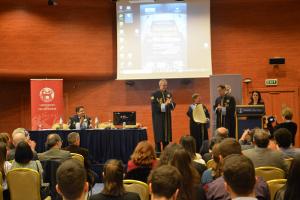 Η καθηγήτρια Donatella della Porta αναγορεύθηκε Επίτιμη Διδάκτορας του ΠΕΔιΣ